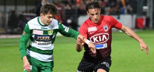 Teaser-Bild für Beitrag «Aarau bleibt nach einem Unentschieden vorne»