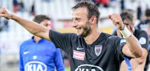Teaser-Bild für Beitrag «Captain Zverotic bleibt an Bord: Vertrag bis 2021»