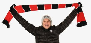 Teaser-Bild für Beitrag «Weihnachtliche Angebote im FCA-Fanshop erhältlich»
