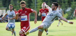 Teaser-Bild für Beitrag «Aarauer Derbyerfolg trotz zwei späten Gegentoren»