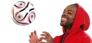 Teaser-Bild für Beitrag «Der Ball rollt wieder…»